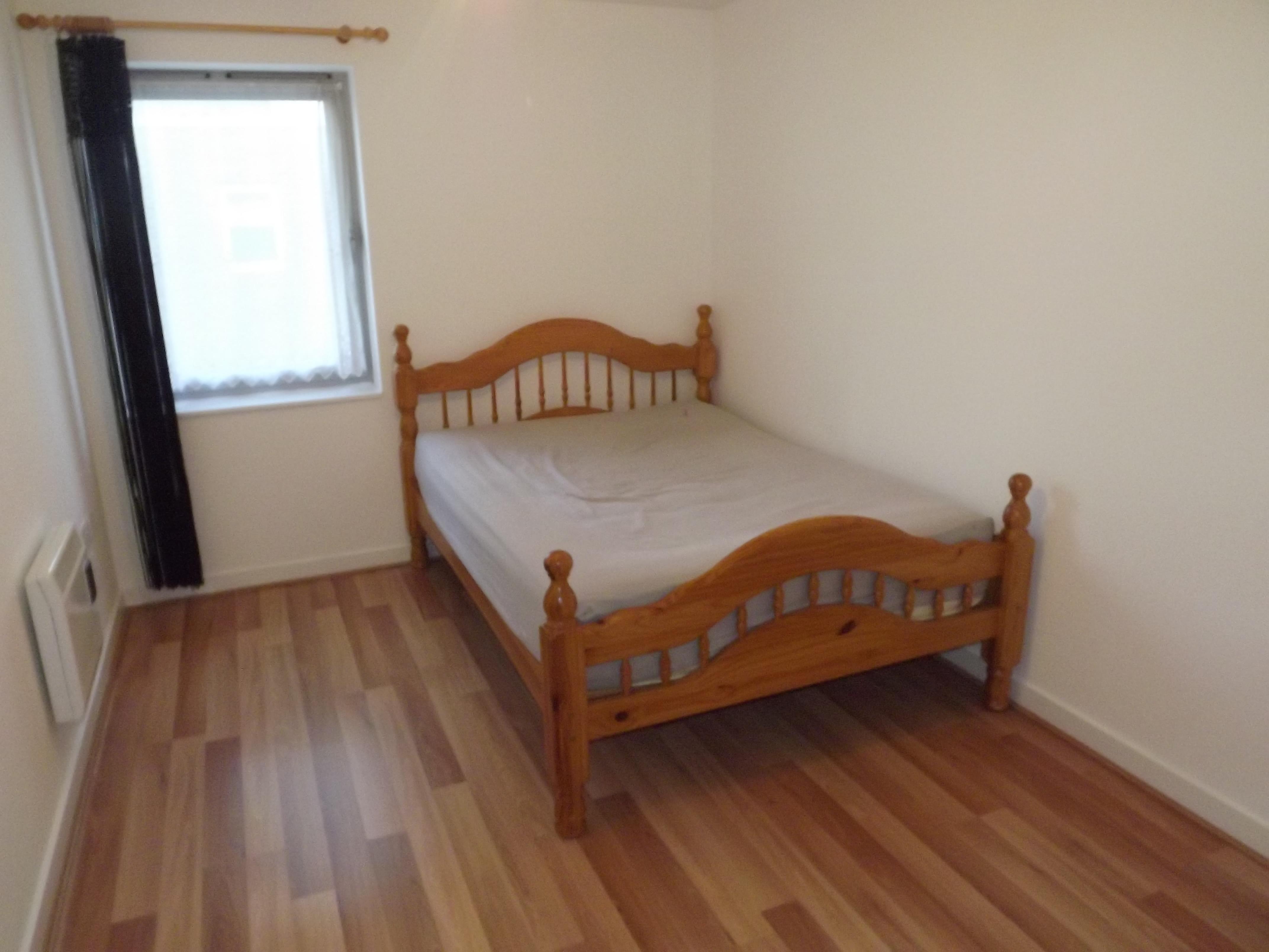 43 Brunswick Hse Bedroom 1
