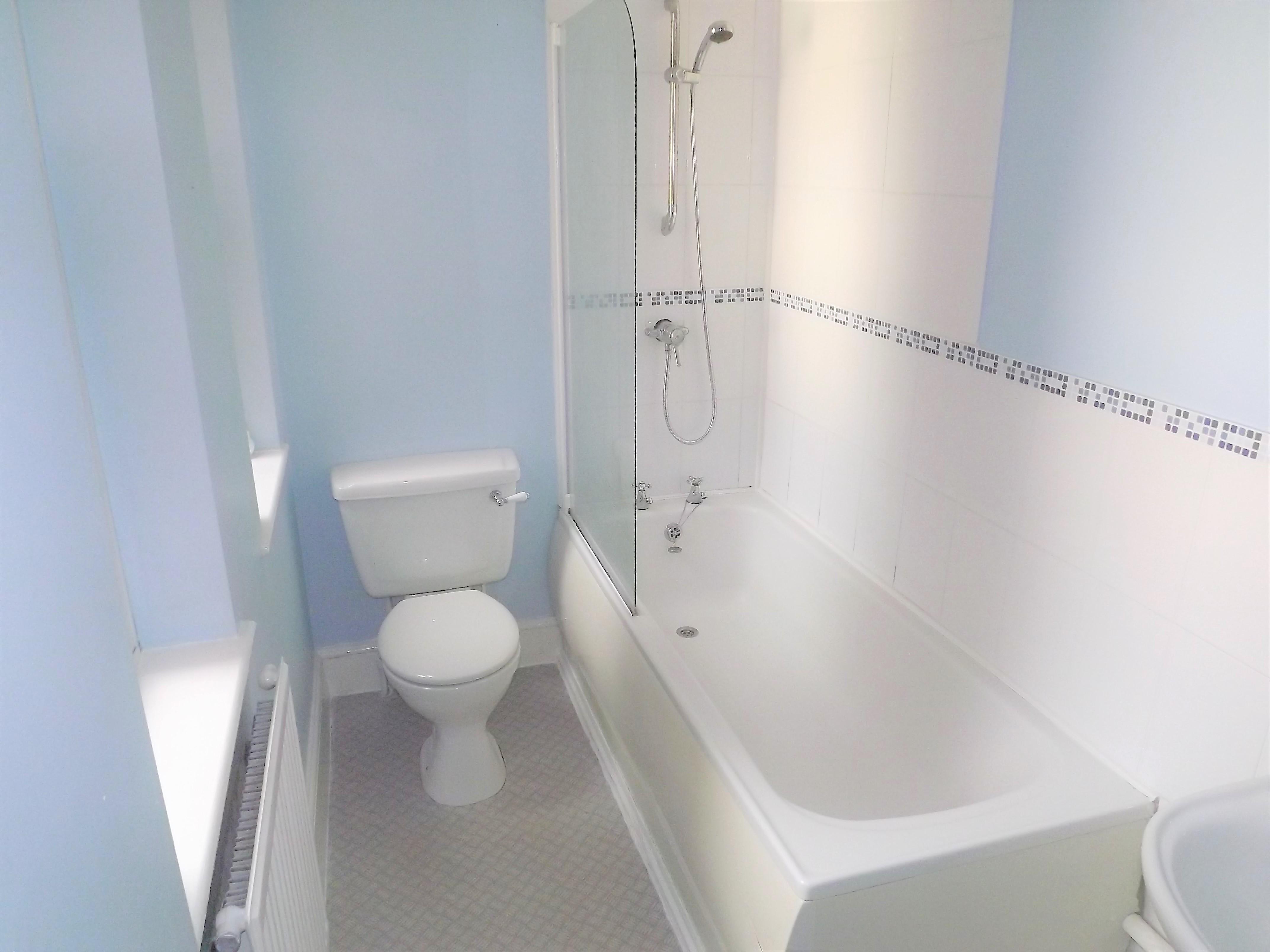 9 Hereford house bathroom